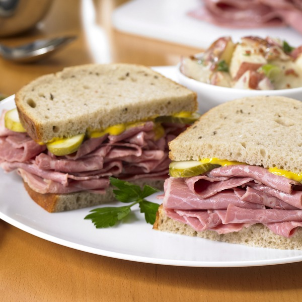 Classic corned beef sandwich on a plate